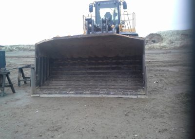 welding front loader heavy equipment wear strips wearstrips Layton, Utah Excavator repair https://thefirekettle.com